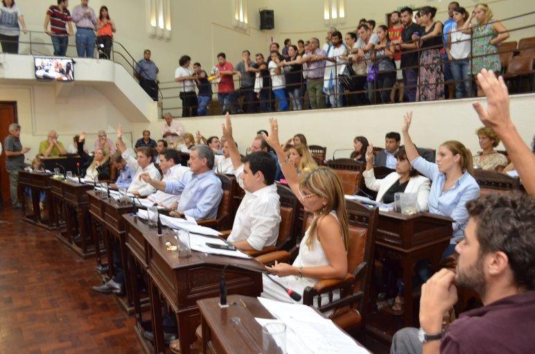 unánime-apoyo-de-los-concejales-de-rosario-a-la-defensa-pública-11