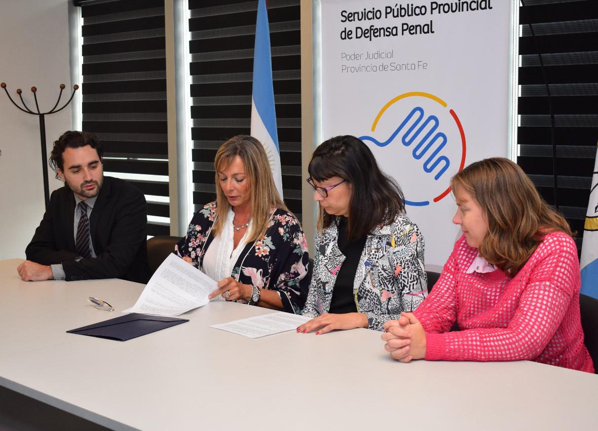 el-servicio-publico-provincial-de-defensa-penal-y-el-colegio-de-profesionales-de-trabajo-social-de-la-2da-circunscripcion-judicial-firmaron-un-convenio-marco-de-cooperacion-360